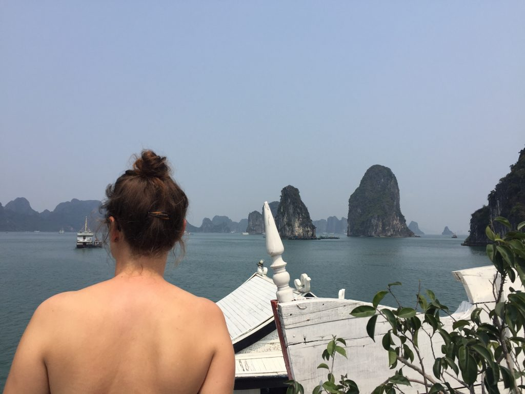 The final photos as we made our way back to Ha Long harbour.