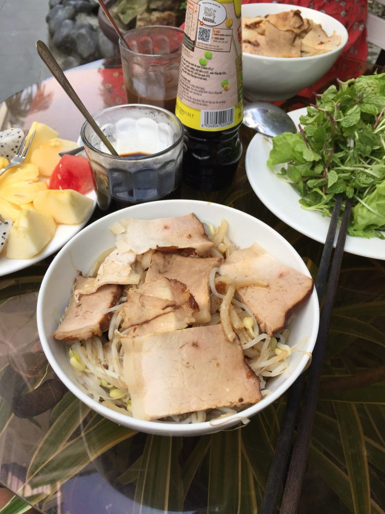 Cau Lau for breakfast in Hoi An